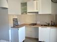 kuchyně 4 m2, vybavení: