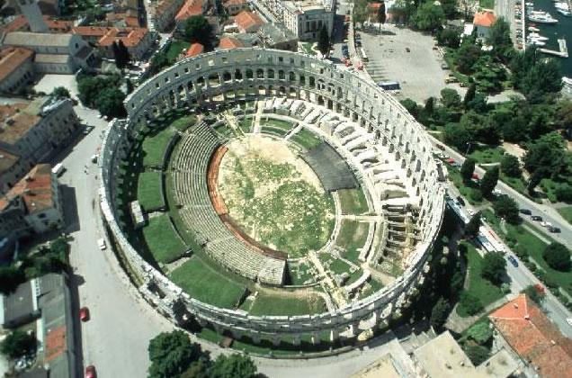 Istrie - Pula (amfiteáter)