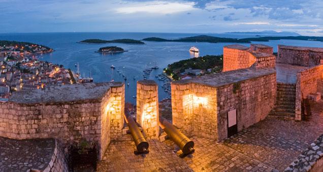 Ostrov Hvar - Starigrad