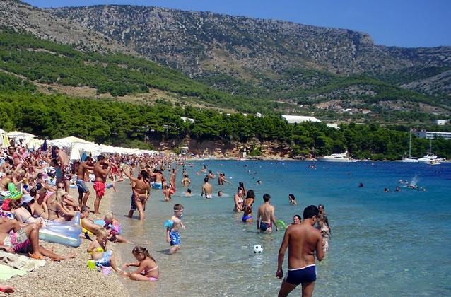 Čisté moře a pláže v Chorvatsku