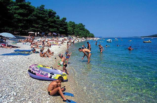 Primošten - Chorvatsko (pláže, moře)