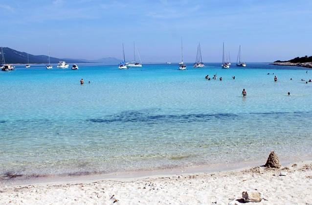 Pláže a moře na ostrově Dugi Otok - Chorvatsko