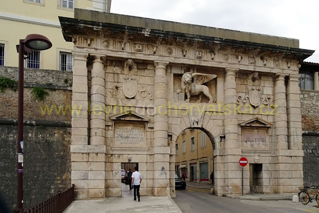 Vstupní brána do historické části Zadaru